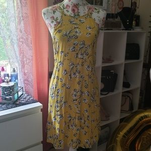Yellow floral dress M